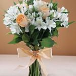 642358 Um arranjo mais simples e natural pode ser a combinação perfeita para a ocasião. 150x150 Buquês de noiva simples: fotos