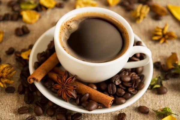 O cafezinho é uma bebida super popular entre os brasileiros. (Foto: divulgação)