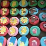 643875 Doces personalizados são um destaque a parte. 150x150 Decoração de aniversário tema Os Simpsons: fotos, dicas