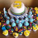 643875 Todos os docinhos devem respeitar o tema da festa. 150x150 Decoração de aniversário tema Os Simpsons: fotos, dicas