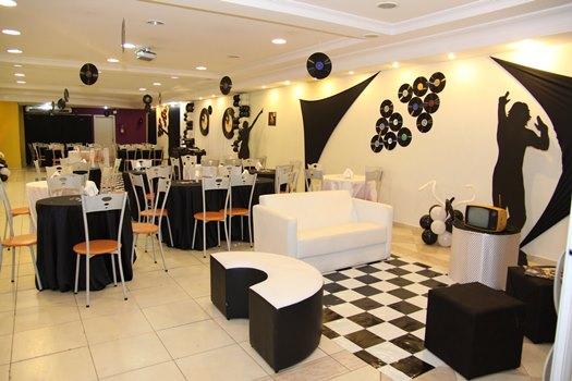 Dicas para decorar a festa com preto e branco