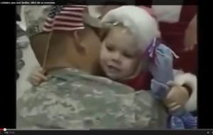 Vídeo emocionante mostra retorno de soldados para suas famílias