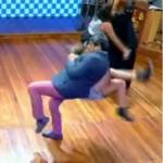 667943 Fernanda Souza e Zeca Camargo levam tombo no Vídeo Show 001 150x150 Fernanda Souza e Zeca Camargo levam tombo acidental no Vídeo Show