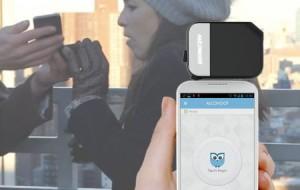 Bafômetro que funciona acoplado ao smartphone