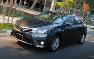 Novo Toyota Corolla 2015: versões, fotos, preços