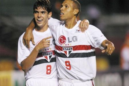Jogador Kaká poderá voltar para o São Paulo