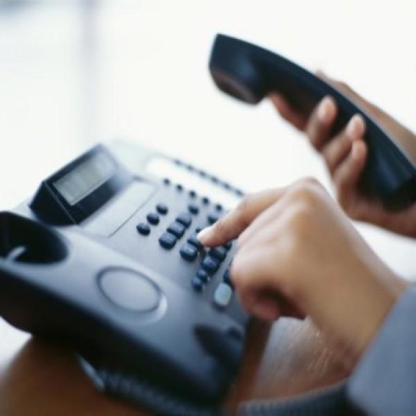 como ligar para um telefone fixo pela internet gratis