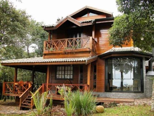 Casas de madeira pr fabricada fotos pre os for Pisos de inmobiliarias de bancos