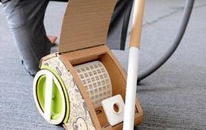 Estudante cria aspirador de pó de papelão
