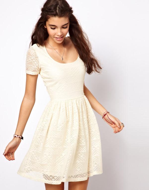 Modelos de vestido de renda 59