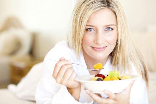Que necessidades ser comido das manhãs para tornar-se fino
