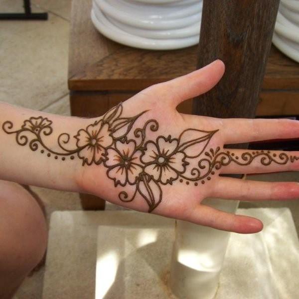 Como fazer tatuagem de henna passo a passo