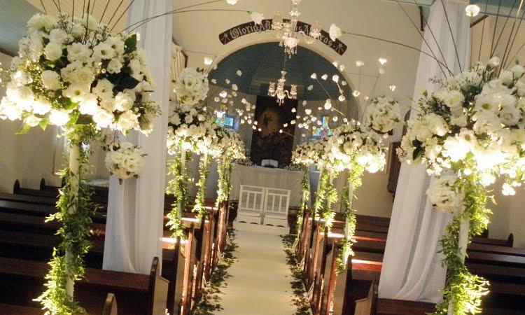 Decoracion Iglesia Boda Velas ~ Flores s?o sempre muito usadas nas decora??es e nunca saem de moda