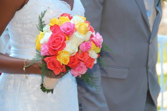 4 Dicas De Passadeiras Para Casamentos Praianos: 7 Dicas Para Você Economizar No Casamento