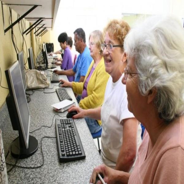 Cursos gratuitos de informática para idosos no Tatuapé 2015