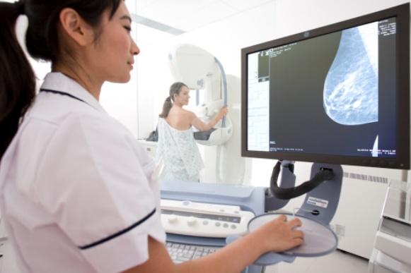 5 formas para se proteger do câncer de mama