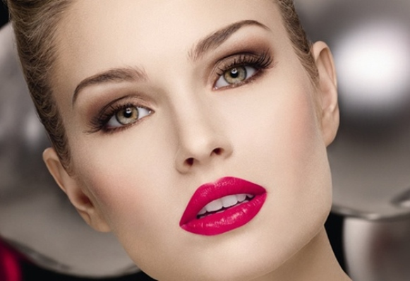Como fazer uma maquiagem sensual em 4 passos