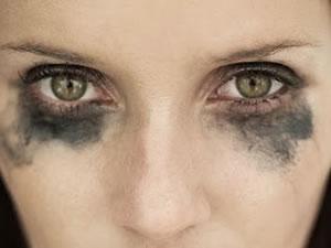 Porque Devemos Remover a Maquiagem