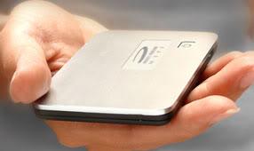 Roteador Wi-Fi do tamanho de cartão de crédito