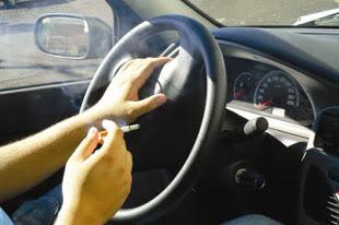 Tire o cheiro de cigarro do seu carro