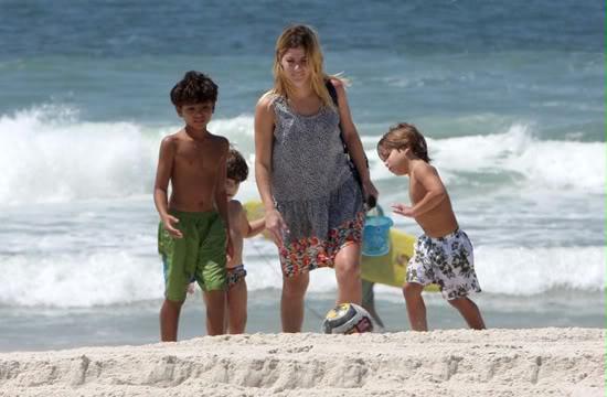 Fotos Ana Paula Tabalipa com os filhos