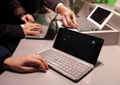 Sony exibe Notebook de 8 polegadas com o menor peso do mundo