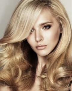 cabelos loiros 2011 2 Banho de Brilho nos Cabelos Passo a Passo