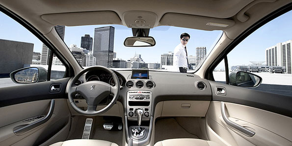 Peugeot 408 é lançado na China3