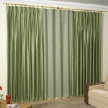 cortinas varão para sala  fotos de cortinas de varão 4