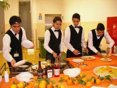 Cursos Gratuitos 2010 Curso Técnico em Serviço de Restaurante e Bar