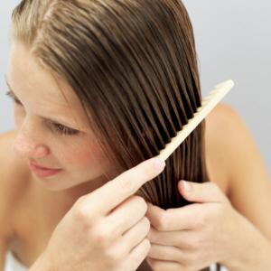 Dicas para controlar a queda de cabelos