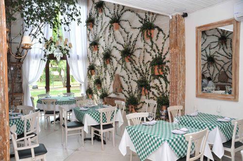 decoracao rustica para ambientes pequenos:Decoração de Restaurantes Rusticos