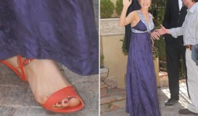 Qual sapato usar com vestido longo lilas
